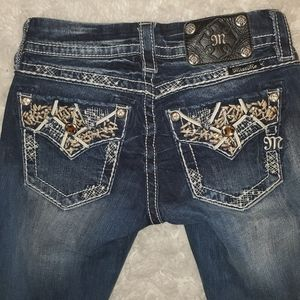 Miss Me Jean's Signature Cropped Jean's